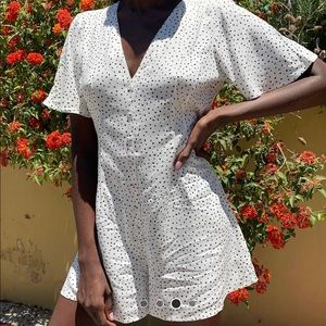 ⭐️Miss Selfridge white & black short jumpsuit -US4